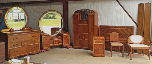 Waterfall/Art Deco Best Bedroom suite: Inlaid, etched mirrors, c1930