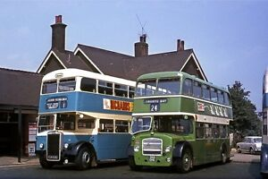 Southend 338 & Eastern Nat 2433 at Rayleigh Bus Photo
