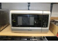 Hotpoint 24L Microwave Grill ** Cheap ** Warranty **