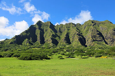 The Jurassic Park movies were filmed in Oahu, Hawaii