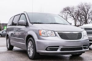 2016 Chrysler Town & Country Touring-L***NAV***DVD