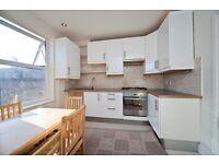 3 bedroom flat in Rhyl Street, Kentish Town NW5