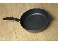 Swiss Diamond 28cm Saute Pan, Excellent condition, ultimate in non-stick