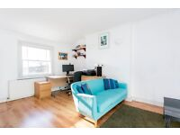 CONTEMPORARY 1 DOUBLE BEDROOM APARTMENT SET IN A QUIET CONSERVATION AREA A SHORT WALK TO CAMDEN TUBE