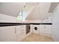 Very good size 2 bedroom top floor flat in Gidea Park