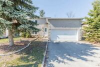 Beautiful detach house for sale in Barrie
