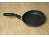Swiss Diamond 20cm Frying Pan Excellent condition, ultimate in non-stick