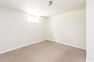Great Downtown Location! London Ontario image 2
