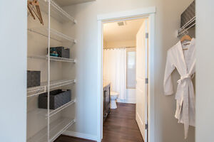 1+den in St. Albert with GREAT MOVE-IN INCENTIVES! CALL TODAY! Edmonton Edmonton Area image 4