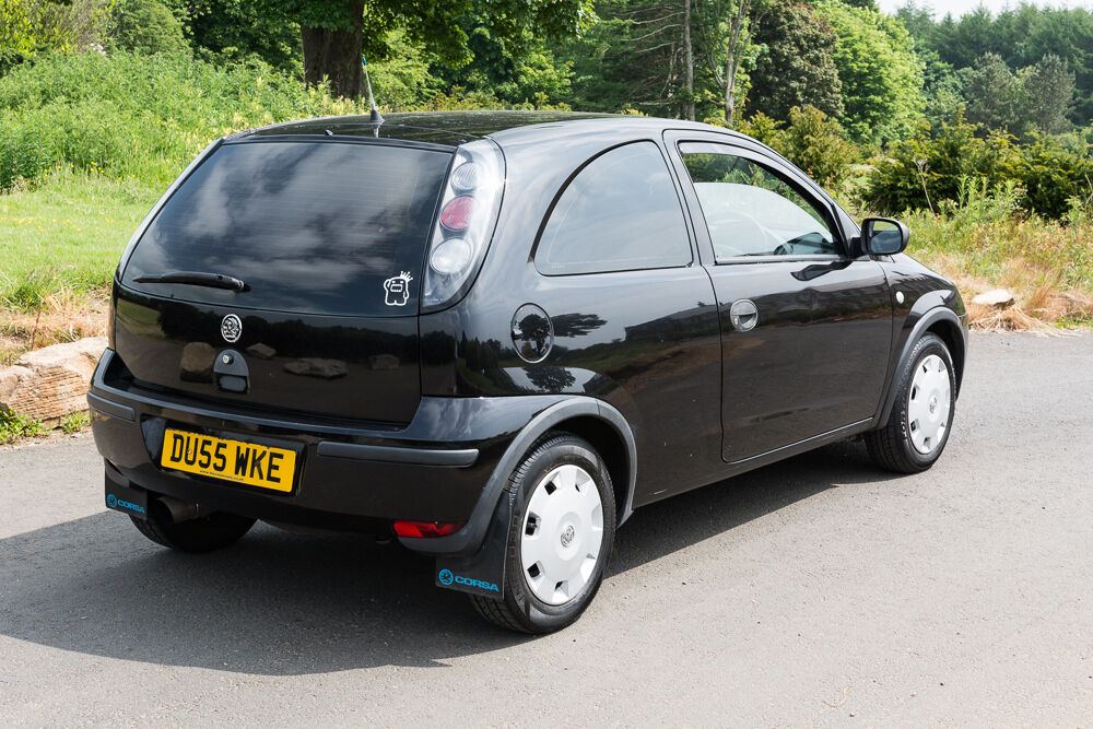 vauxhall corsa c twinport 1 0 67k tints modified lightly cheap in kilwinning north. Black Bedroom Furniture Sets. Home Design Ideas