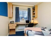 STUDENT ROOM TO RENT IN GLASGOW. EN-SUITE WITH PRIVATE ROOM, PRIVATE BATHROOM AND SHARED KITCHEN