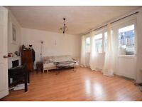 A stunning 3 bedroom mid terrace house in Fulham SW6
