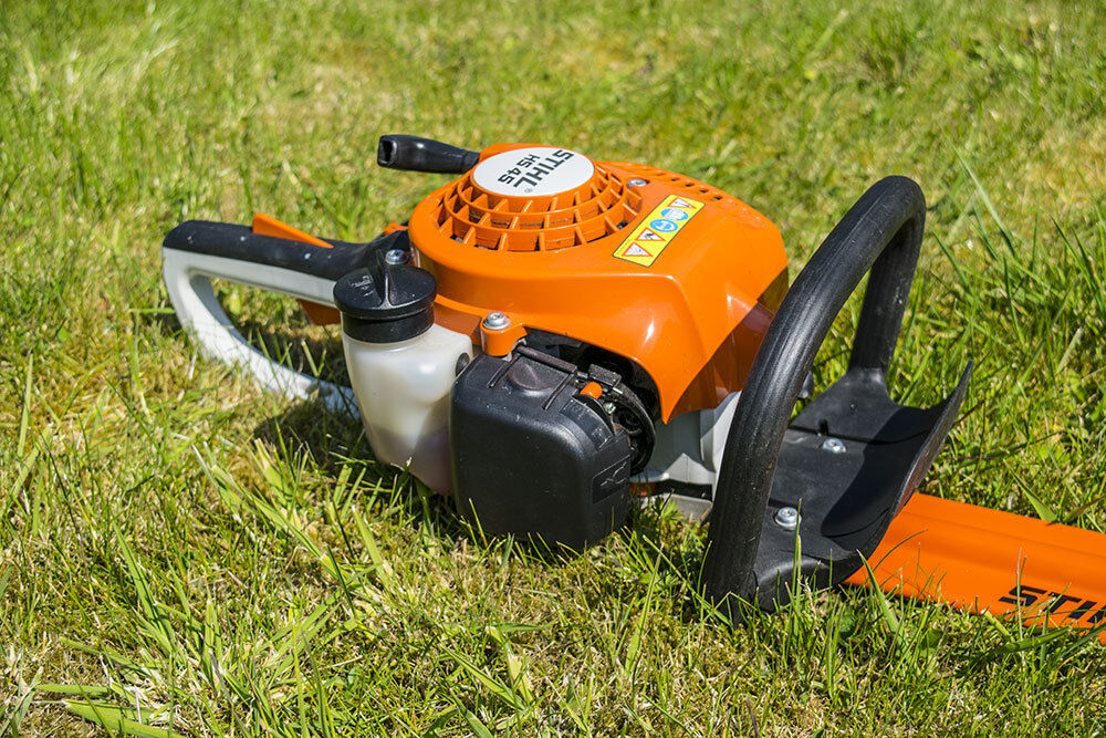 stihl hs 45 petrol 24 hedge trimmer in sleaford. Black Bedroom Furniture Sets. Home Design Ideas