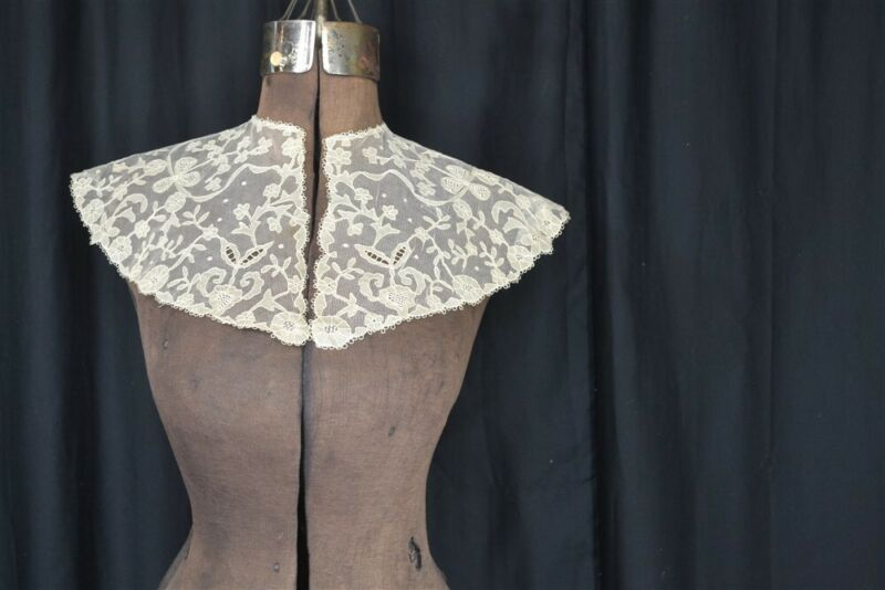 antique collar net lace tambour large bertha never used 19thh c Victorian 1860
