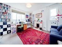 2 bedroom flat in Oseney Crescent, Kentish Town NW5