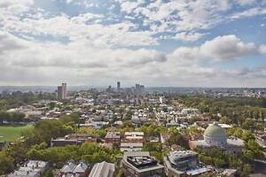 Amazing views + FREE Wifi + Parking + POOL on St Kilda Road, Melb Melbourne CBD Melbourne City Preview