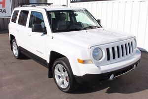 2011 Jeep Patriot LIMITED! NO ACCIDENTS! ROOF!