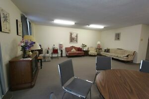 Royal Oak Towers - Berkshire Apartment for Rent Sarnia Sarnia Area image 10