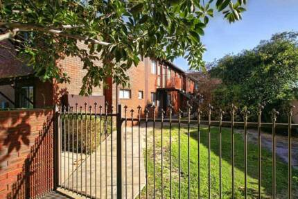 Two Bedroom Apartment in East Victoria Park