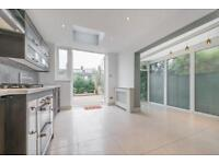 4 bedroom house in Windermere Avenue, London, NW6