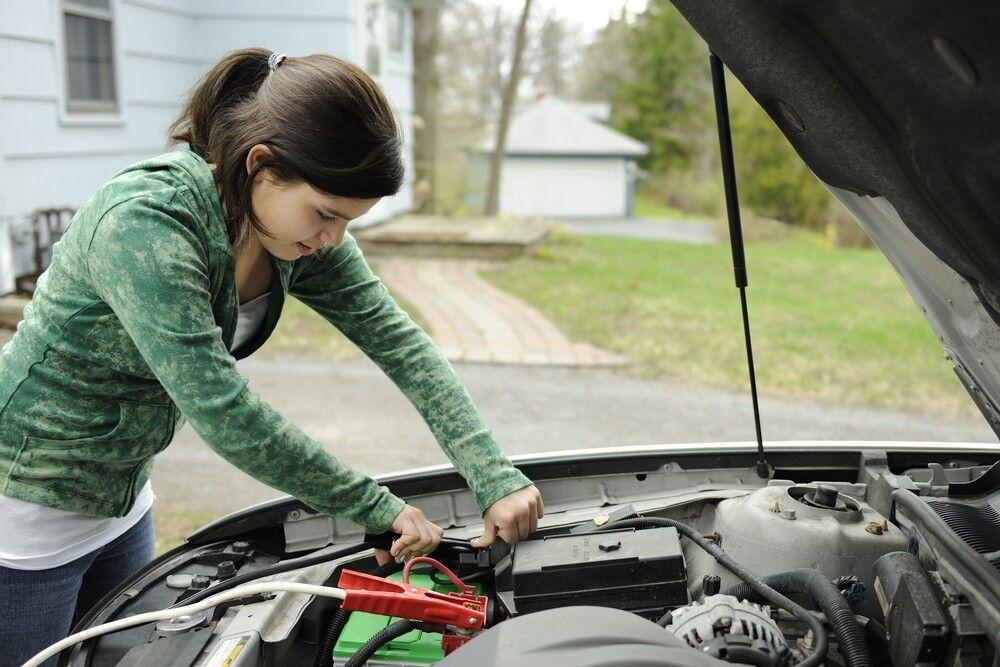Autobatterien kaufen, wechseln, laden: Wie geht's?