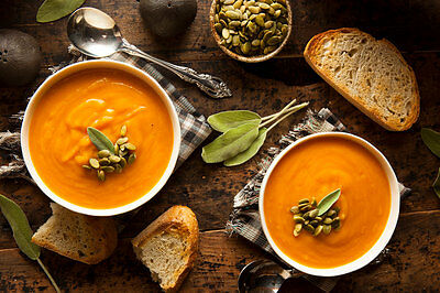 Das perfekte Abendbrot für den Herbst: Kürbissuppe. (© Thinkstock via The Digitale)