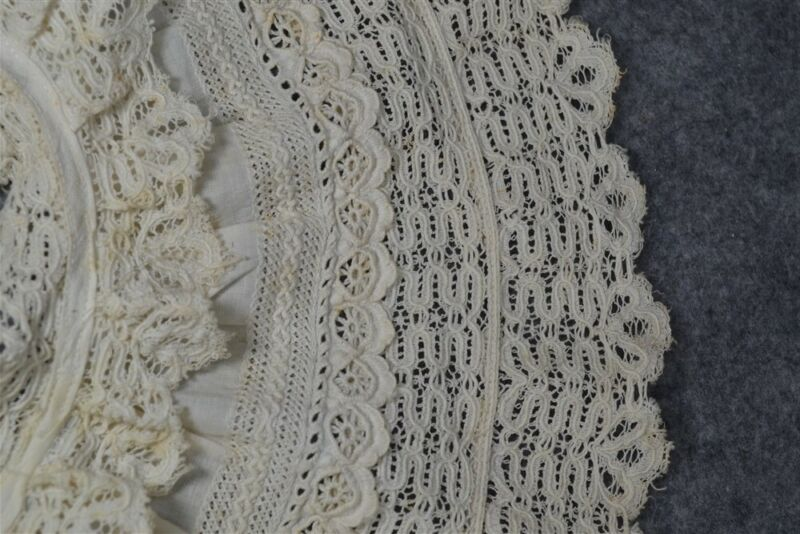 collar Victorian white cotton lace large 6 in. wide original antique very good