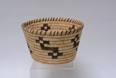 """Handsome Papago Indian Storage Basketry Bowl, 5"""" x 8 1/2"""""""
