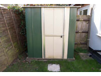 Nice metal garden shed, excellent condition