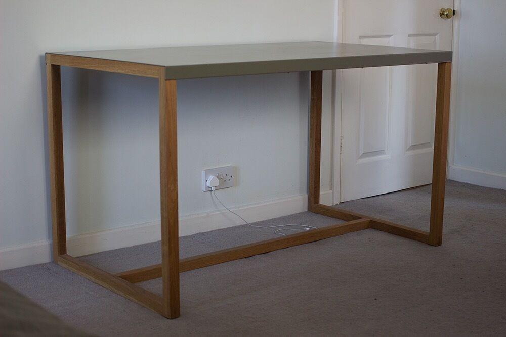beautiful habitat kilo dining table desk solid oak steel 50 rrp 200 in ledbury. Black Bedroom Furniture Sets. Home Design Ideas