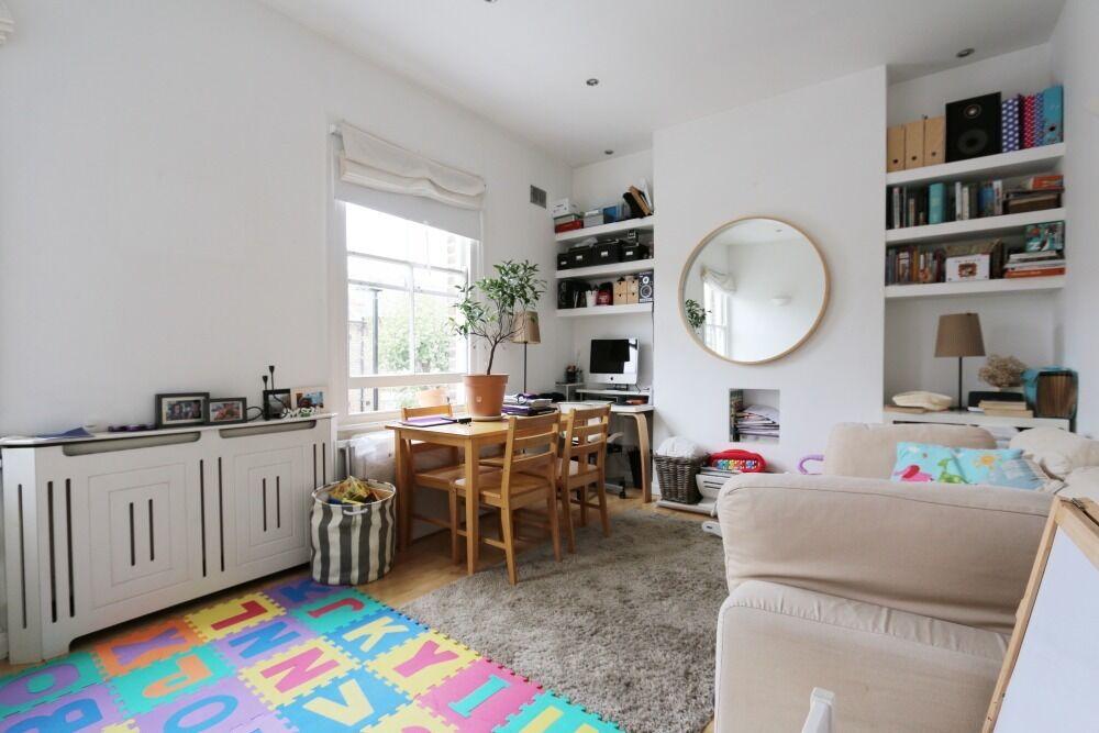Charming ONE bedroom flat on FIRST FLOOR, opposite small PARK, furn/unfurn, near LADBROKE GROVE