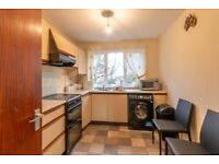 Attractive, 2 bedroom, unfurnished, 1st floor flat in Fettes – available NOW