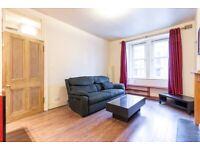 Superb, 1 bedroom, 1st floor flat near Fountainbridge – available NOW