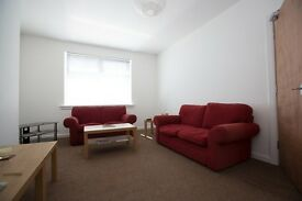 Ideal student accommodation, Galashiels, spacious 3 bedroom, central heating, light and airy