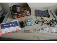 Sony MZ-R91 MiniDisc Walkman. MINT condition, including all original accessories and box
