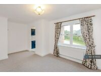 1 bedroom flat in Anvil Court, Dursley, GL11 (1 bed) (#1131332)