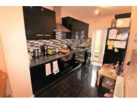 4 bedroom flat in Alma Street, Kentish Town NW5
