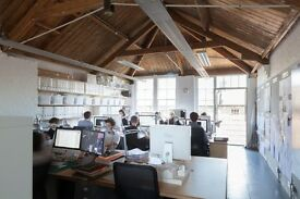 DESK SPACES TO LET IN BRIGHT, QUIET STUDIO IN E2