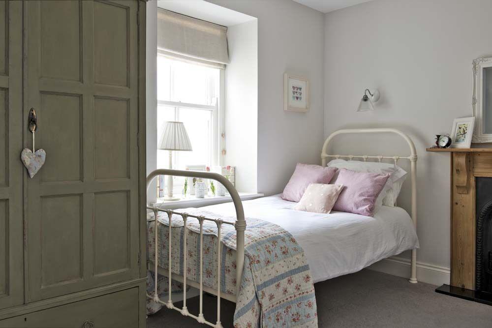 bedroom with vintage iron bed. 26 Kids  Bedroom Design Ideas   eBay