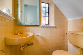 Stunning two bedroom flat availale in Chelsea available now