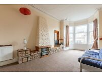 Remarkable, 1 bedroom, 3rd floor flat with box room, in Hillside – available NOW!