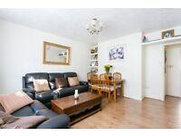 4 bedroom flat in Islip Street, Kentish Town NW5