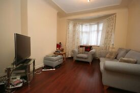 LARGE 5 BED HOUSE CLOSE TO BELMONT CIRCLE AND HARROW WEALDSTONE
