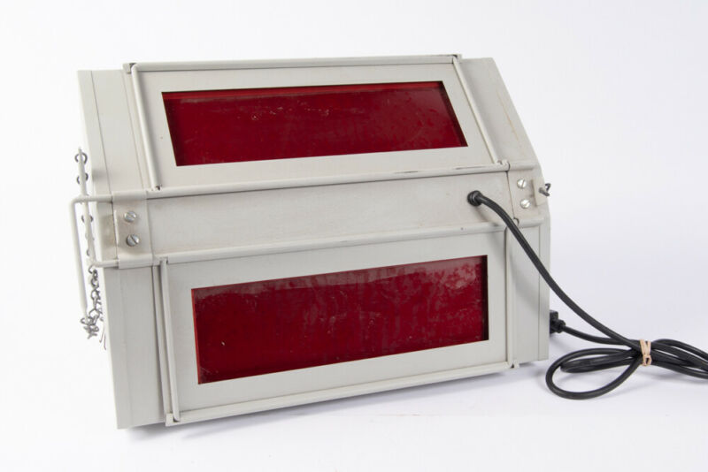 Vintage Thomas Duplex Super SafeLight Darkroom Light TESTED E18