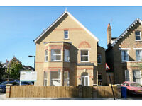 This is a brand new, luxurious one bedroom flat exceeding 530 sq.ft. of living space.