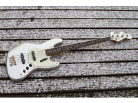 Squier Classic Vibe 60s Jazz Bass - Inca Silver