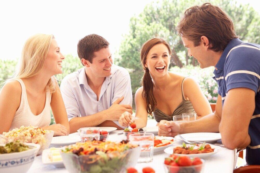 10 Anzeichen dafür, dass Sie der perfekte Gastgeber sind
