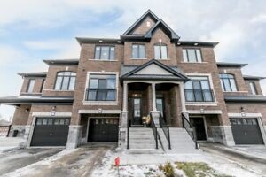 Beautifully Upgraded & Move-In Ready! 2086 Dale Rd, Innisfil