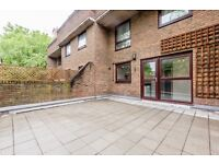3 bedroom flat in Forge Place, Chalk Farm, NW1