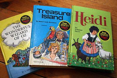 Lot of 3 Children's Books - Folgers Coffee Promo Wizard of Oz, Treasure Island +